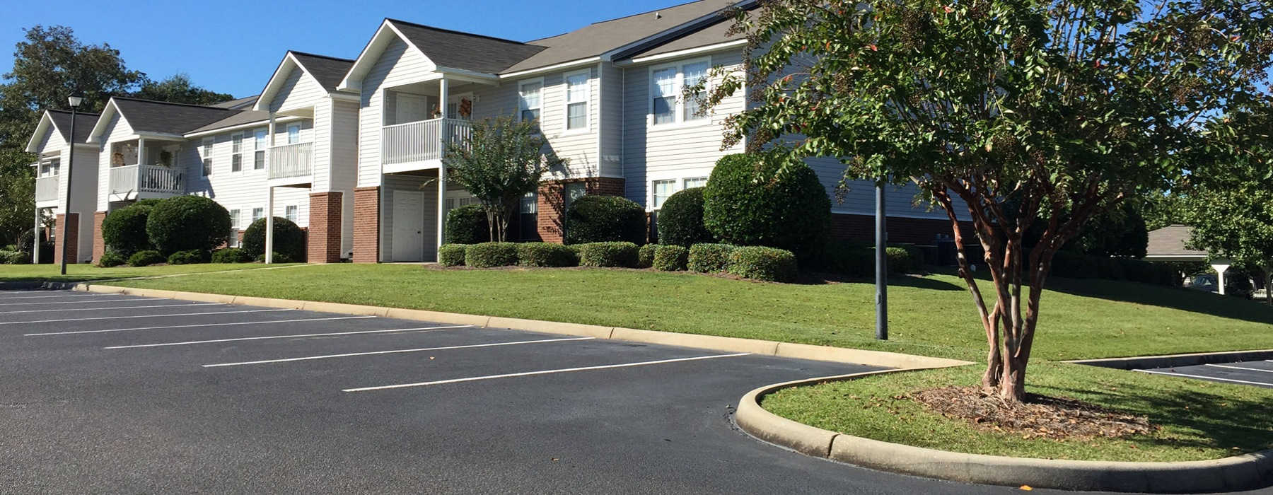 Beacon Ridge Apartments and Landscaping